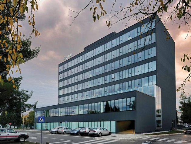 CBRE učvrstio vodeću poziciju na tržištu - Uspešna prodaja tri poslovne zgrade