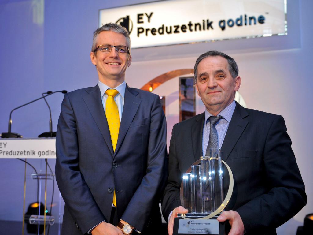Rade Ljubojević poneo titulu preduzetnika godine - Kompanija EY po drugi put dodelila priznanja u Srbiji (FOTO)