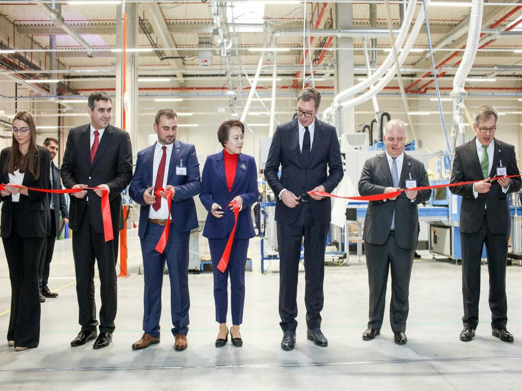 Kinezi otvorili u Kragujevcu fabriku za proizvodnju enterijera za automobile