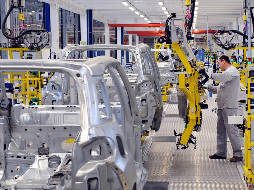 Okončano spajanje kompanija Fiat Chrysler i Peugeot-Citroen-Opel - Sindikat u Kragujevcu očekuje povećanje proizvodnje
