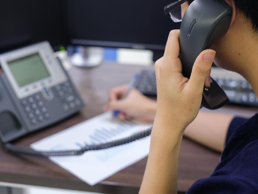 Tri vodeća telekoma nastavljaju gubiti tržište u fiksnoj telefoniji