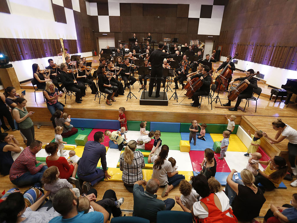 Joyous start of season for Belgrade Philharmonic Orchestra - Four concerts with babies