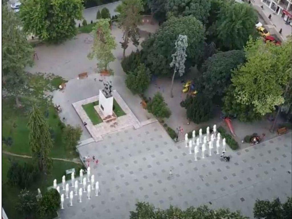 Bijelo Polje dobija novu fontanu na glavnom gradskom trgu (FOTO)