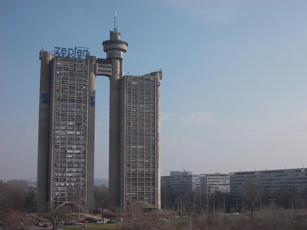 Država traži suinvestitora za nadogradnju skloništa kod Geneks kule - U Bloku 33 gradiće se poslovni objekat na dva sprata (FOTO)