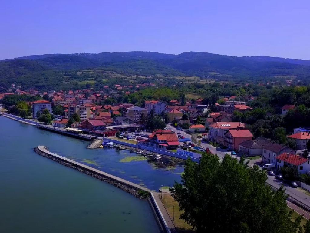 Golubac se okreće ka Dunavu - Izmenama i dopunama PGR predviđena gradnja marine, pristaništa, hotela i formiranje novog turističkog kompleksa