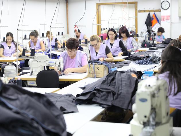 """Zaštitna odjeća iz Gradiške na radnicima širom Evrope - Firma Gončin želi više direktnih kupaca i smanjenje """"lohn"""" proizvodnje"""