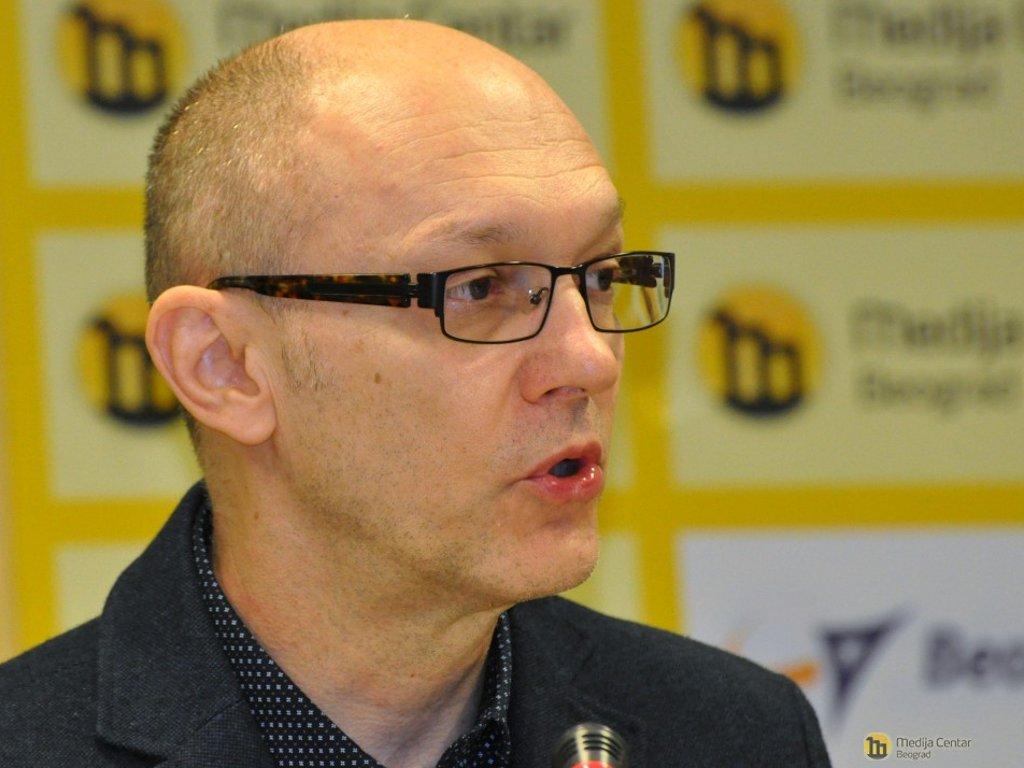Goran Trivan, ministar zaštite životne sredine - Biografija