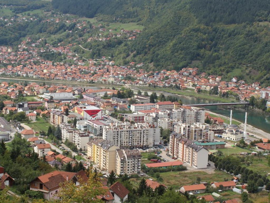"""Za razvoj obrta u Goraždu - Počeo zakup prostora u okviru projekta """"Zona unaprijeđenog poslovanja"""""""