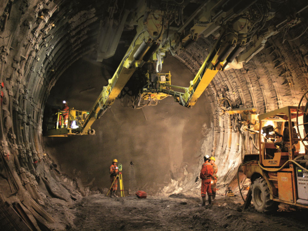 Euro-Asfalt probija jedan od najzahtjevnijih tunela u Hrvatskoj