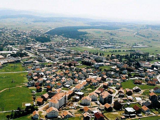 Prihode od prodaje šumskih sortimenata Sokolac ulaže u realizaciju infrastrukturnih projekata - Najviše novca ide za izgradnju fekalnog kolektora i kanalizacije