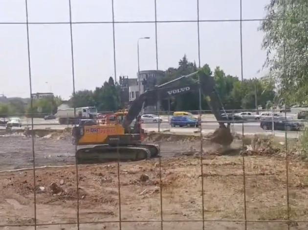 Vesić u ime Grada Beograda ponudio obeštećenje investitoru u Bloku 37