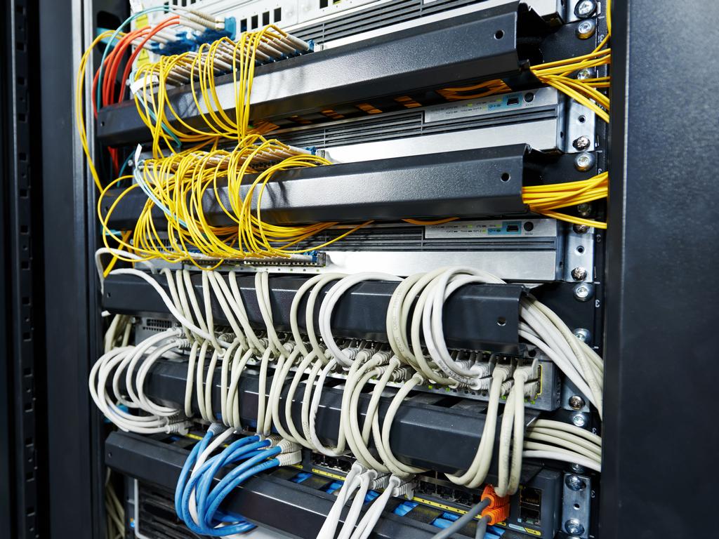 CETIN instalira svoju opremu u Državnom data centru u Kragujevcu