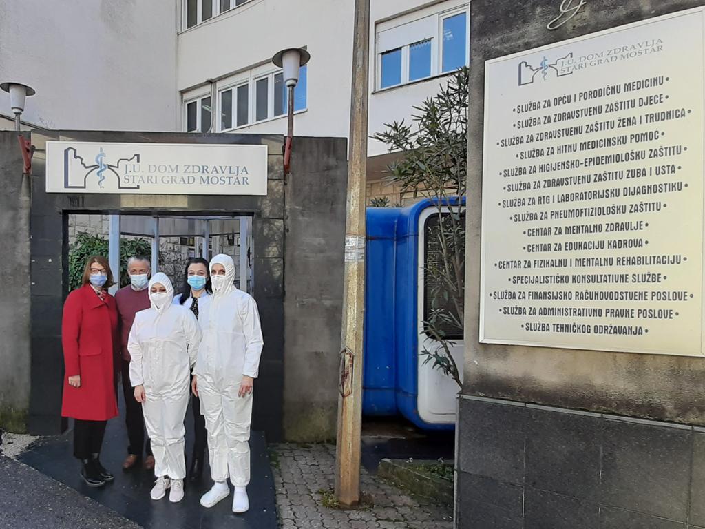 Hemofarm donirao zaštitnu opremu za deset zdravstvenih ustanova u BiH
