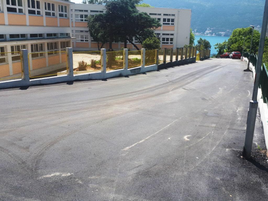 Završena rekonstrukcija puta oko škole na Toploj - U Herceg Novom realizovan projekat vrijedan 30.000 EUR