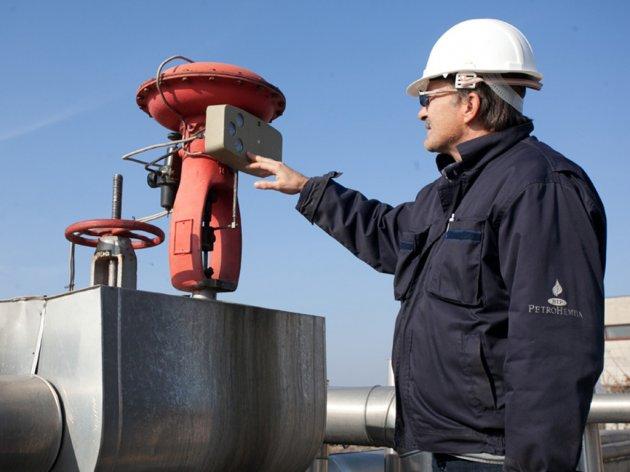 Gazprom Neft zainteresovan za Petrohemiju - Pregovara se o povećanju isporuka gasa za Srbiju