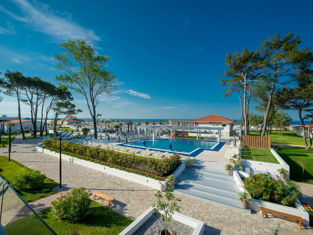 Holiday Village Montenegro Exterior