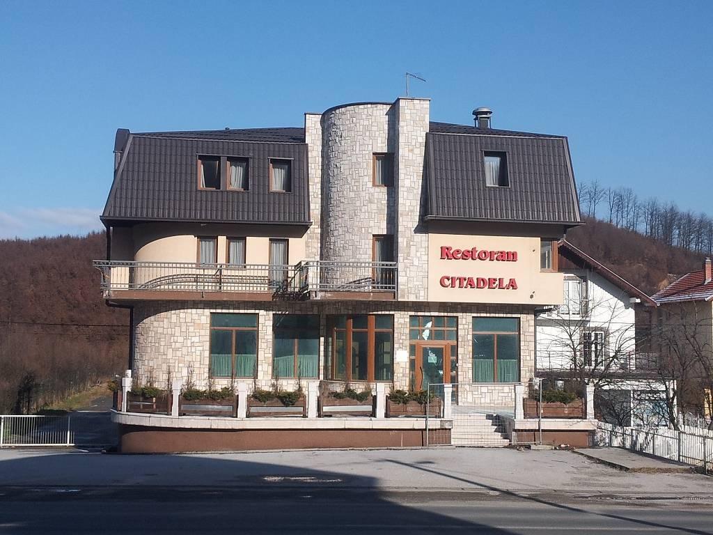 Vakufska banka prodaje hotel Citadela na Ilidži i turistički kompleks Tiha Luka u Neumu