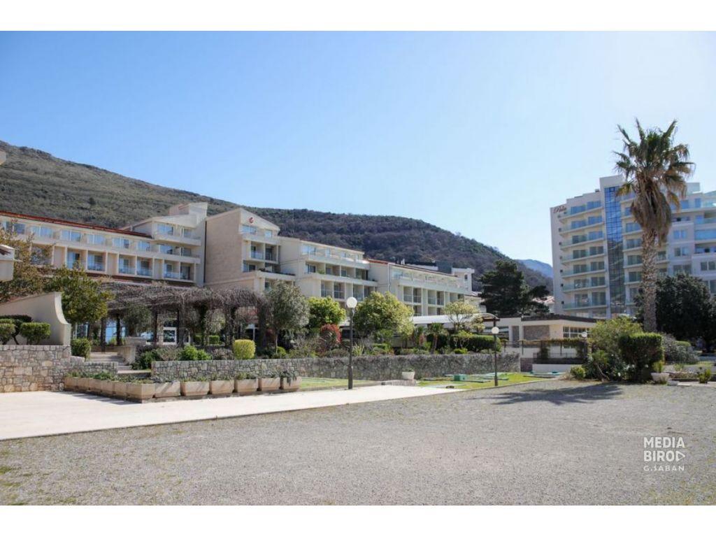 Otvoren hotel Palas u Petrovcu - Očekuje se dolazak prvih gostiju