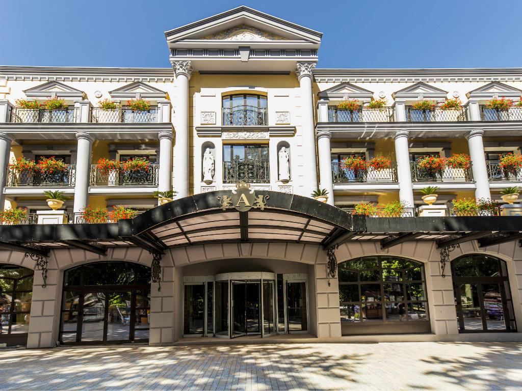 Luskuzni hotel Park u Vrnjačkoj Banji biće otvoren u maju 2020.