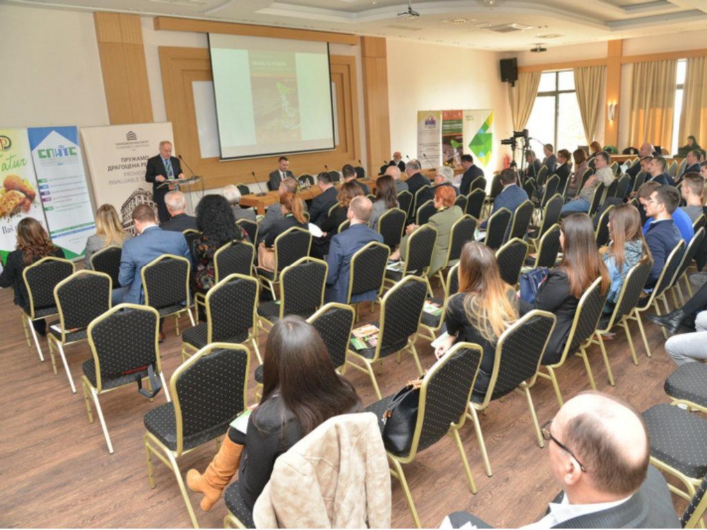 """Forum """"Hrana za Evropu"""" - U Srbiji se u poljoprivredu ulaže malo"""