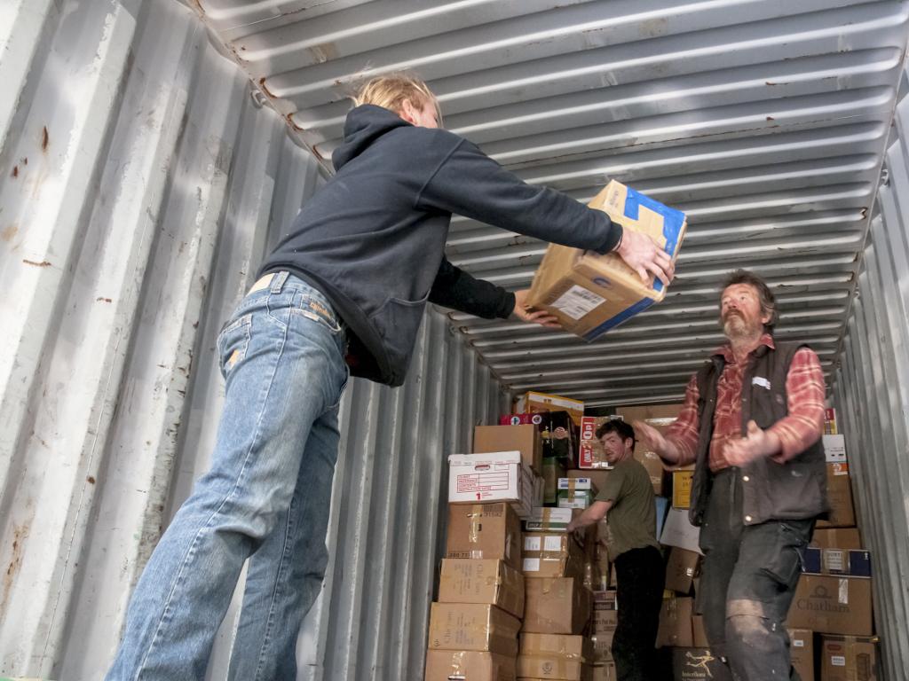 Srbija šalje 100.000 EUR pomoći Albaniji i 50.000 Kubi