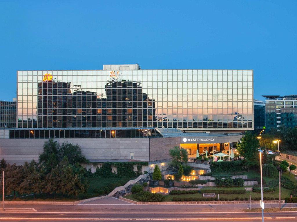 Simpozijum uspešnih privrednika Srbije održan u hotelu Hyatt
