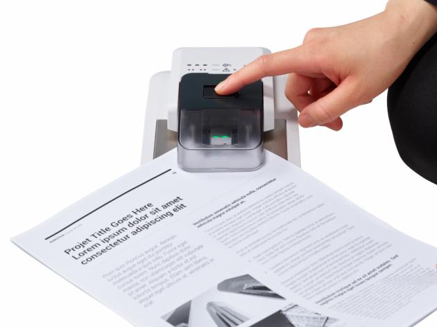 Canon ubrzava digitalizaciju dokumenata pomoću uređaja Instant Staple Remover