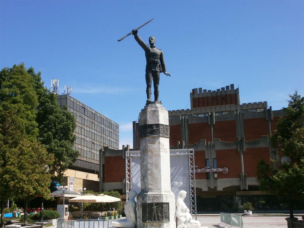 Jovanča Micić dobija spomenik u Jagodini - Globus visok 8 metara