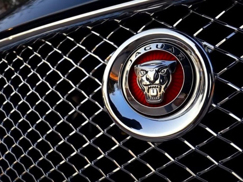 Jaguar stigao u Čačak - Kompanija British Motors otvorila prodajno-servisni centar