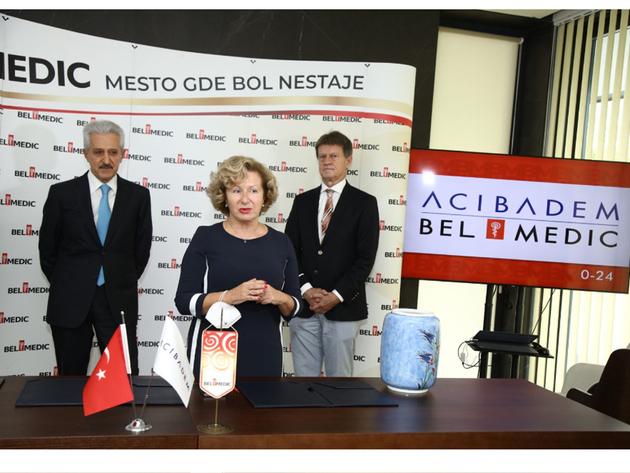 Jasmina Knežević, Mehmet Ali Aydınlar und Milan Knežević