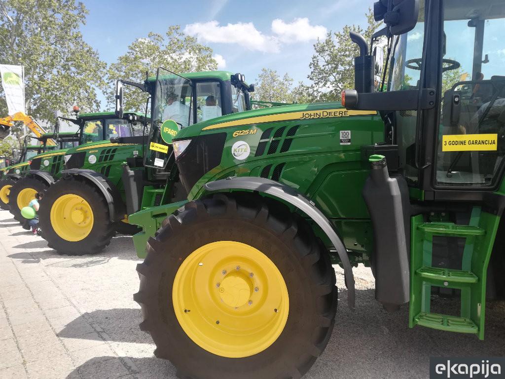 Američki jelen preskače krizu - Uvoznik traktora John Deere za Srbiju na korak do gradnje distributivnog centra u Sremskoj Mitrovici