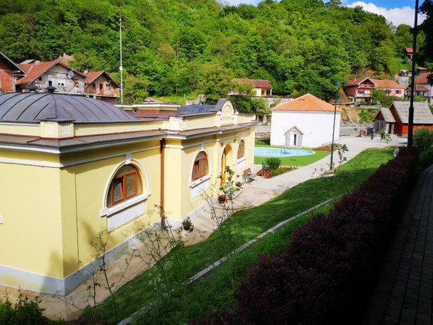 Otvoren renovirani turistički kompleks u Jošaničkoj banji - U planu nove investicije