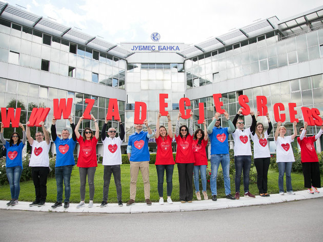 """Ispred sedišta Jubmes banke predstavljen sajt Humanitarne fondacije """"Za dečije srce"""""""