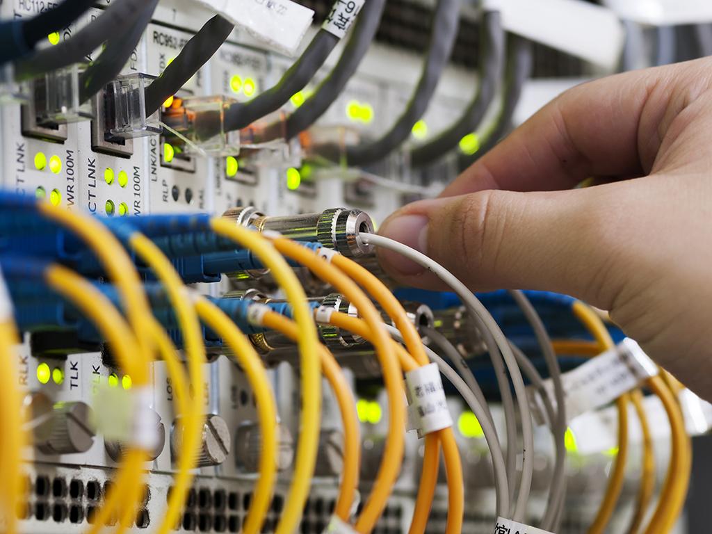 Telekom Srbija i Orion Telekom gradiće širokopojasnu internet mrežu do 89 sela u Srbiji