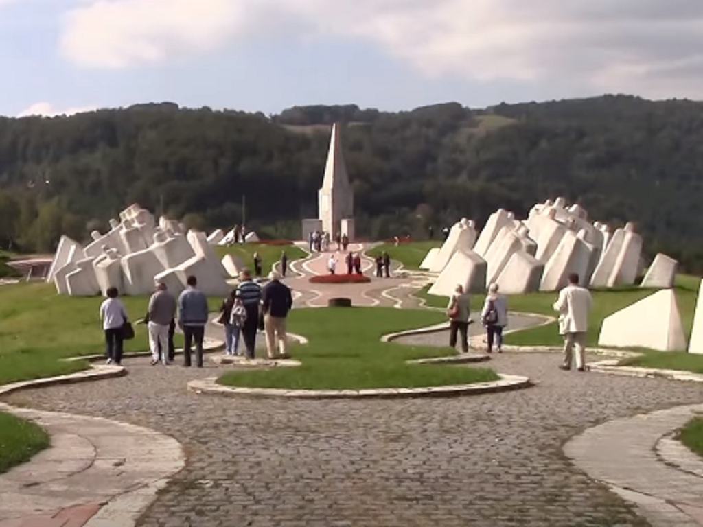 Uređuje se Memorijalni kompleks Kadinjača - Nove staze za bezbednije kretanje posetilaca