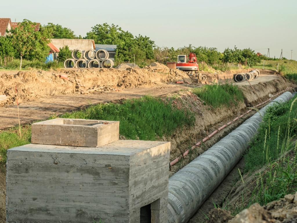 U Kragujevcu u planu gradnja 260 km kanalizacione mreže, tri postrojenja za preradu otpadnih voda i nove regionalne deponije - Vrednost radova 308 mil EUR