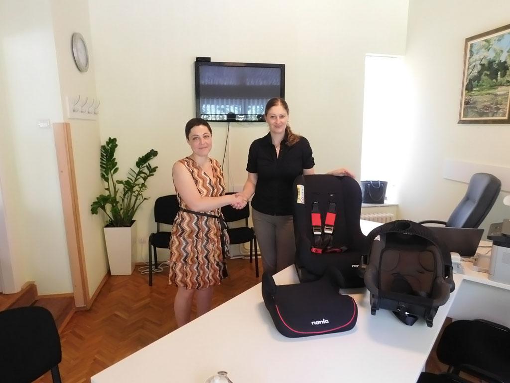 Keprom donirao autosedišta Centru za porodični smeštaj i usvojenje Novi Sad
