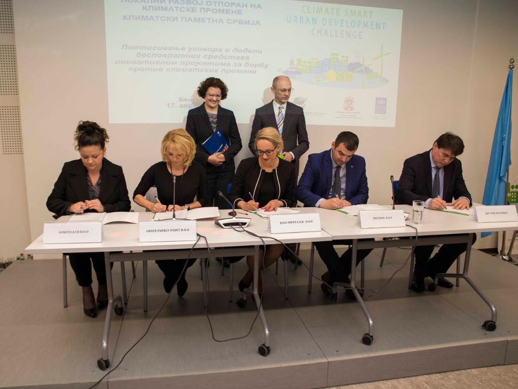 Potpisani sporazumi sa pet srpskih kompanija - Smanjenje emisija gasova sa efektom staklene bašte štedi novac