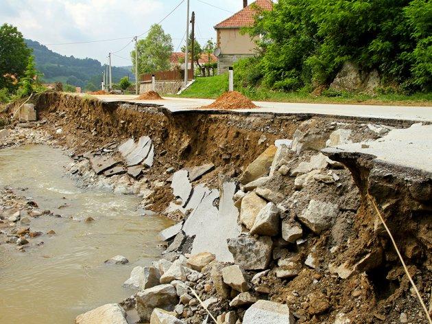 RS se zadužuje za 49 mil EUR kod EIB-a za projekte zaštite od poplava i investiranje u vodovod i kanalizaciju