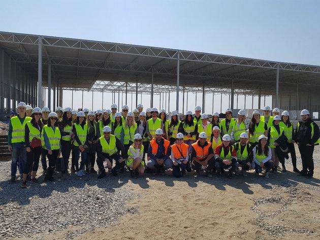 Poseta budućih inženjera arhitekture najsavremenijem logističkom centru u Srbiji