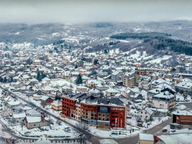 Kolašin privlačan domaćim i stranim investitorima - Grade se fabrike, hoteli, turistički kompleksi...
