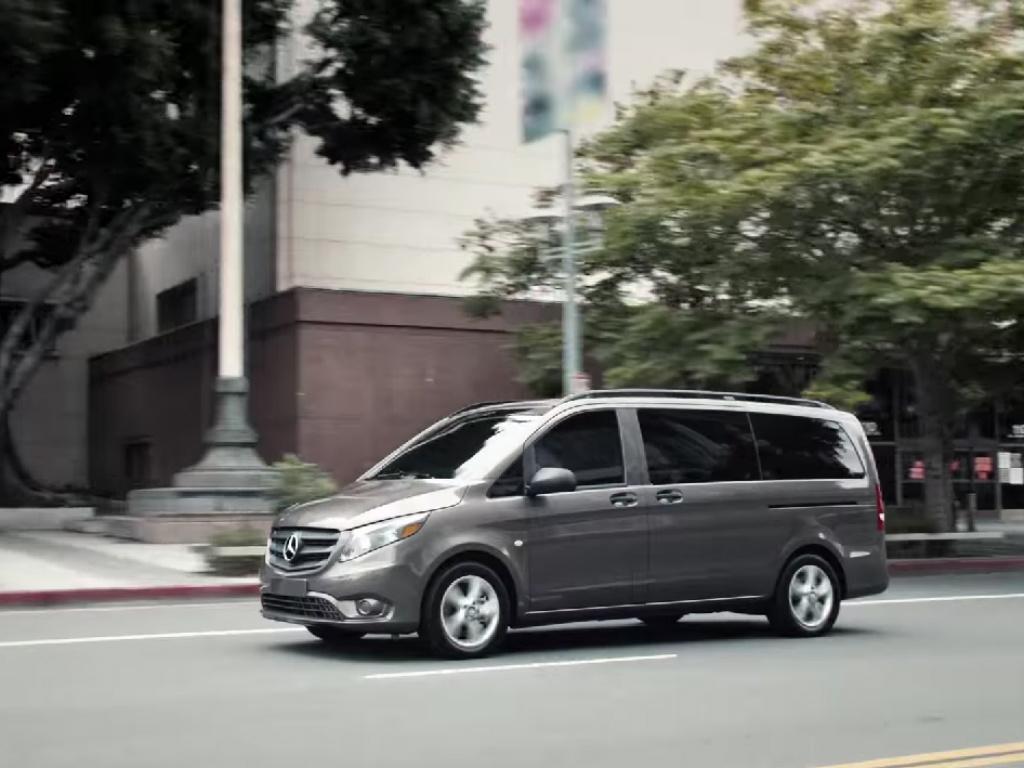 Dolazak kombija na kućnu adresu odlazi u istoriju - Novi propisi ne smatraju ova vozila legalnim prevoznim sredstvom