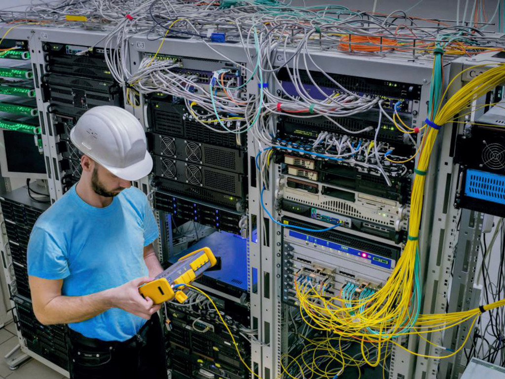 Među vodećim sistem integratorima u regionu - Koming-Pro izgradio više od 1.000 km opštičkih spojnih puteva i mreža