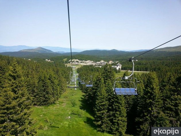 Letnja sezona na Kopaoniku startuje 18. juna - Posetiocima na raspolaganju letnje skijanje, bob na šinama, avantura park, tjubing...