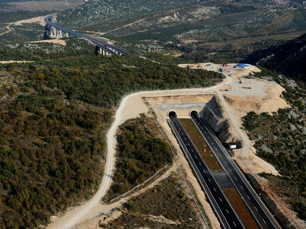 Stižu grantovi EU za gradnju autoceste između Bune i Počitelja i dionice Donja Gračanica - tunel Zenica