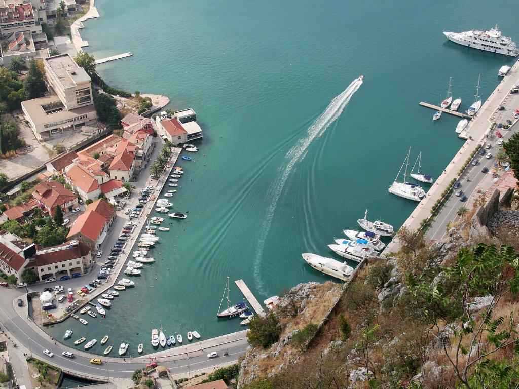 Crna Gora otvara marine - Dozvoljeno ukrcavanje i iskrcavanje pomoraca, obavezna samoizolacija posade