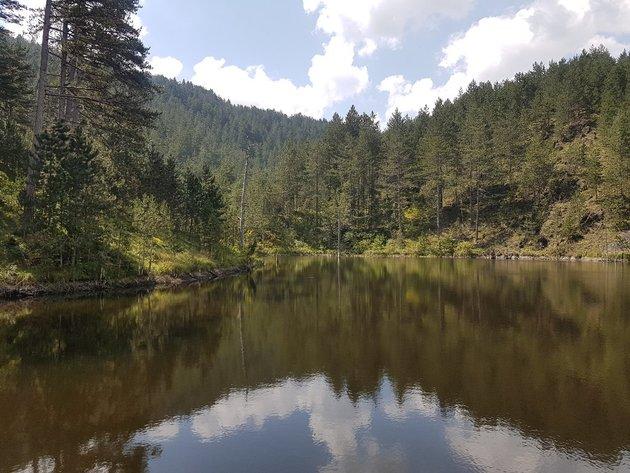Jezero u Kremnima