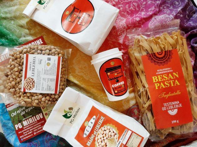 Poljoprivredno gazdinstvo Mirilov uzgaja leblebiju, a svojim proizvodima trude se da unaprede svet (FOTO)