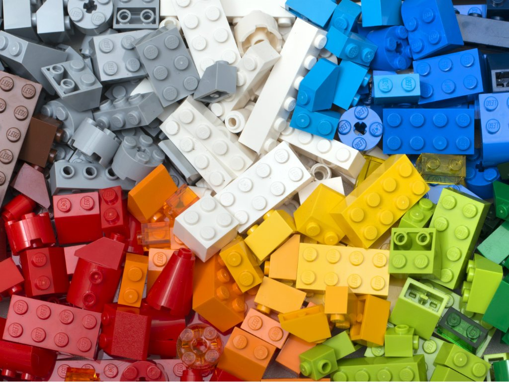 Would you play with LEGO bricks for EUR 30,000 a year?