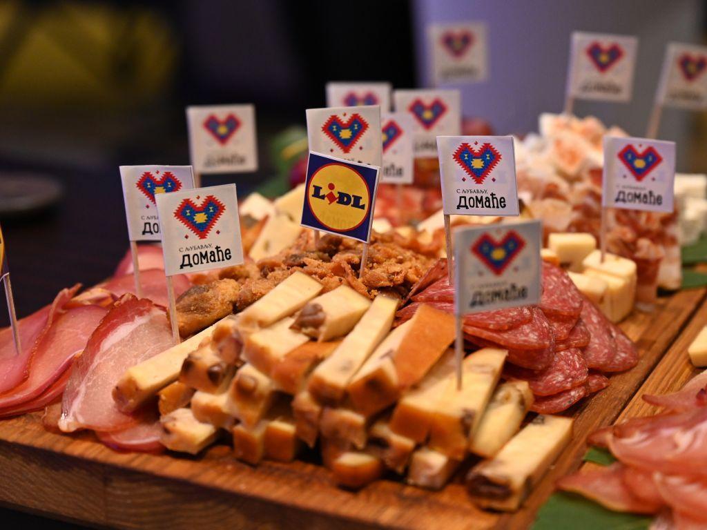 """Lidl predstavio novi brend domaćih proizvoda """"S ljubavlju, domaće"""" - Od dolaska na domaće tržište, u srpsku privredu uloženo 390 mil EUR"""